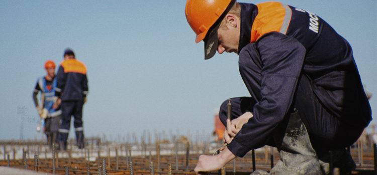 Застройщики возобновили строительные работы в Москве
