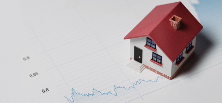 Кто должен страховать ипотеку от рисков?