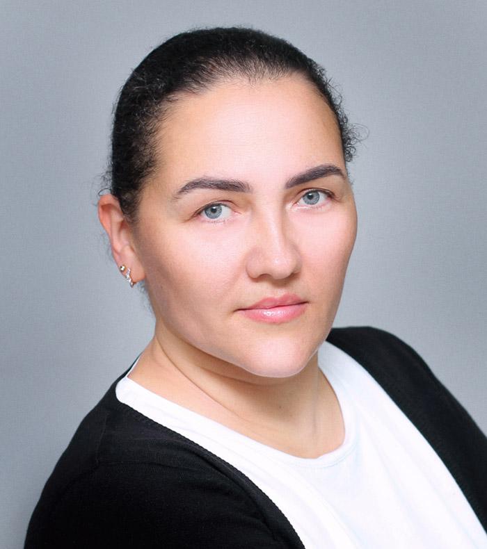 Дания Аляудинова - агент в «PRO Обмен»
